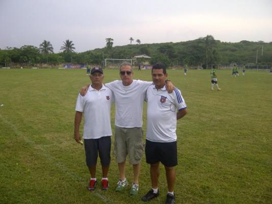Colombia 2012  Box to Box sas di Cesarini M. & c.
